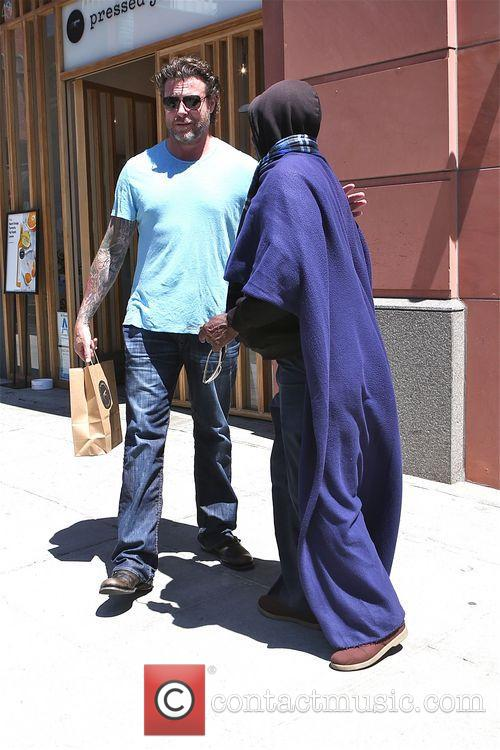 dean mcdermott dean mcdermott seen giving a 4172416