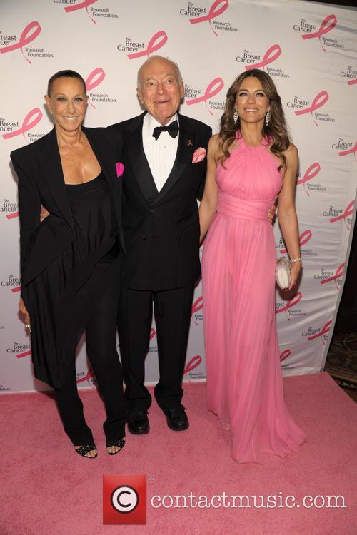 Donna Karan, Leonard Lauder and And Elizabeth Hurley 4