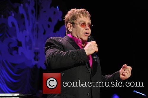 Elton John, Warldorf Astoria