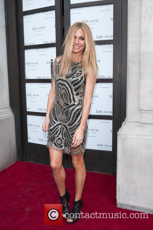sienna miller kate moss at top shop 4173597
