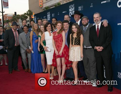 Patricia Heaton, Sarah Drew, Sean Astin, Sammi Hanratty, Trace Adkins and Guests 7