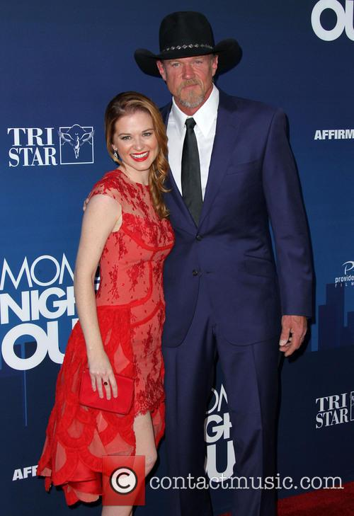 Sarah Drew and Trace Adkins 1