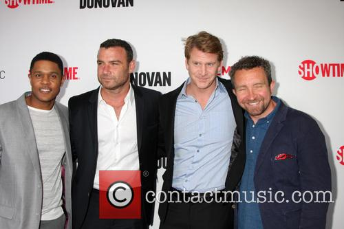 Pooch Hall, Liev Schreiber, Dash Mihok and Eddie Marsan 1