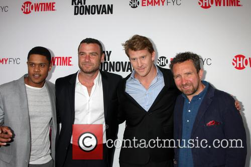 Pooch Hall, Liev Schreiber, Dash Mihok and Eddie Marsan 5