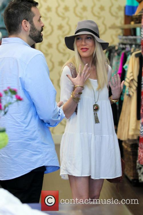 Tori Spelling and Tory Spelling 7
