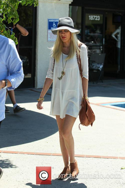 Tori Spelling and Tory Spelling 9