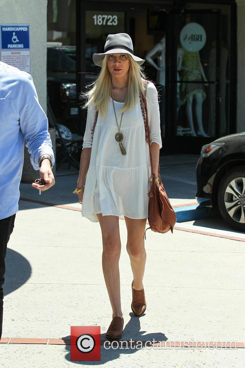 Tori Spelling and Tory Spelling 13