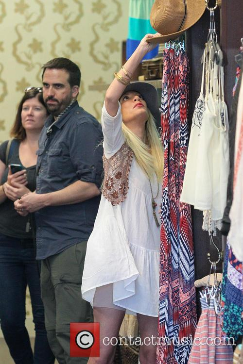 Tori Spelling and Tory Spelling 18