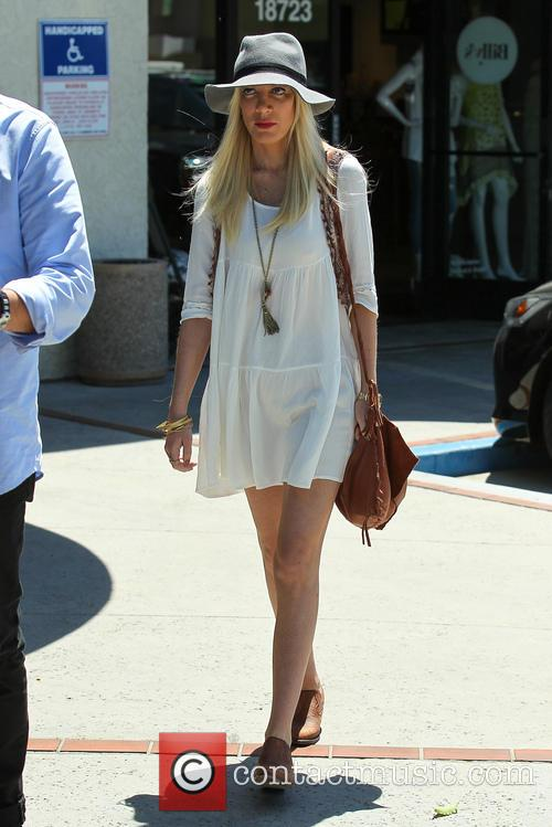 Tori Spelling and Tory Spelling 25