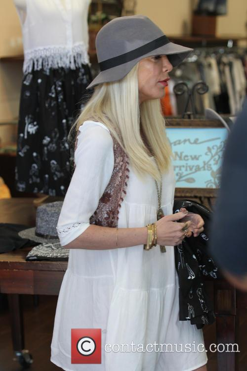 Tori Spelling and Tory Spelling 27