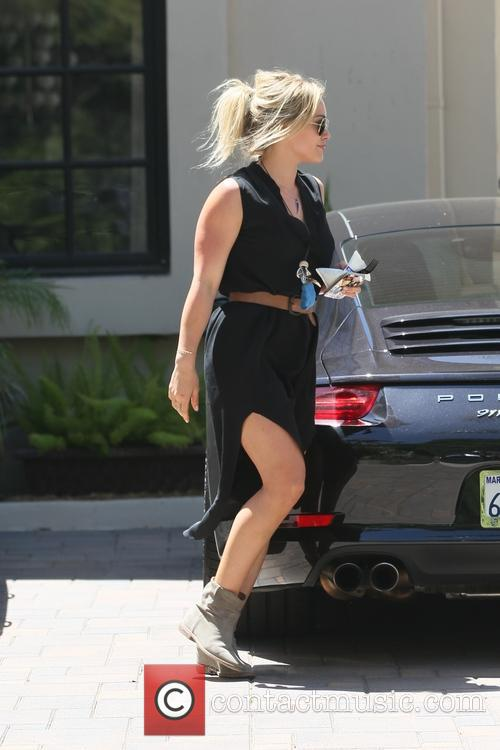 hilary duff hilary duff going to carrie 4175302