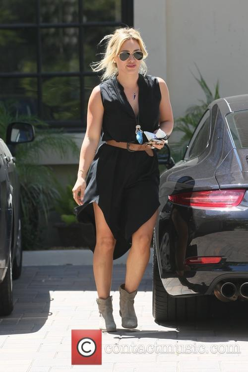 hilary duff hilary duff going to carrie 4175309