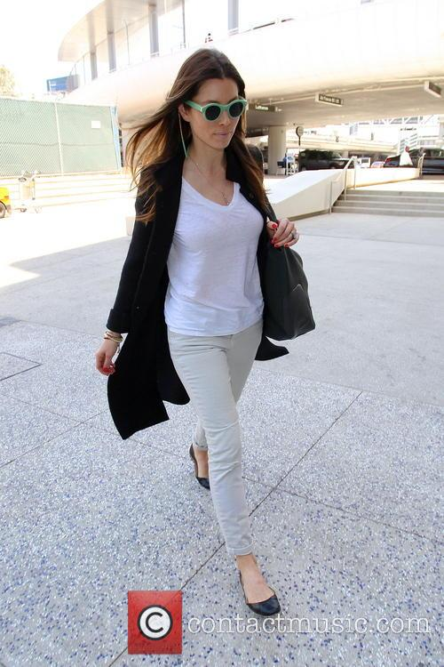 Jessica Biel, Los Angeles International Airport LAX