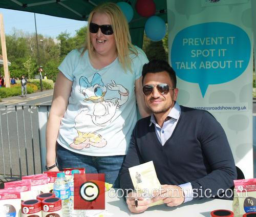 Peter Andre coffee signing
