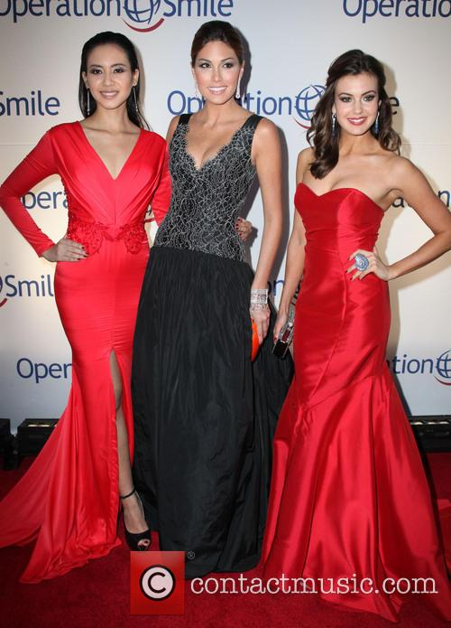 Elvira Devinamira, Miss Indonesia, Gabriela Isler, Miss Universe, Erin Brady and Miss USA 2