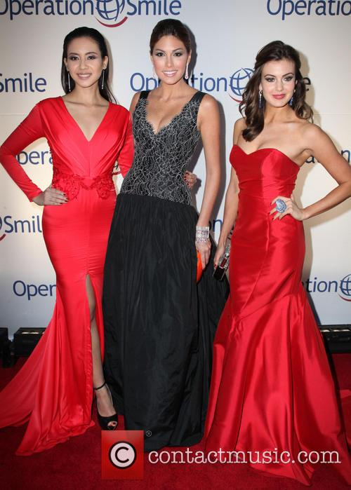 Elvira Devinamira, Miss Indonesia, Gabriela Isler, Miss Universe, Erin Brady and Miss USA 1