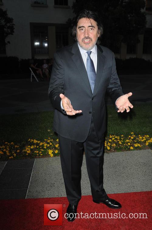 Alfred Molina 3