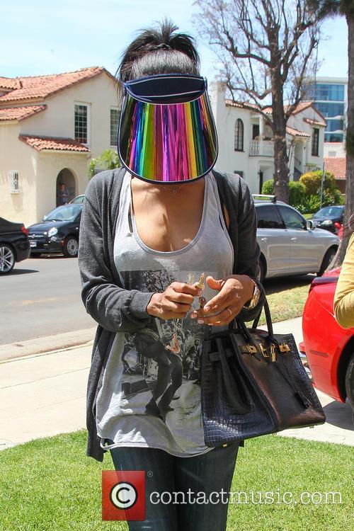 Vanessa Stiviano goes to a nail salon