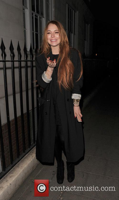 Lindsay Lohan enjoys dinner at C London