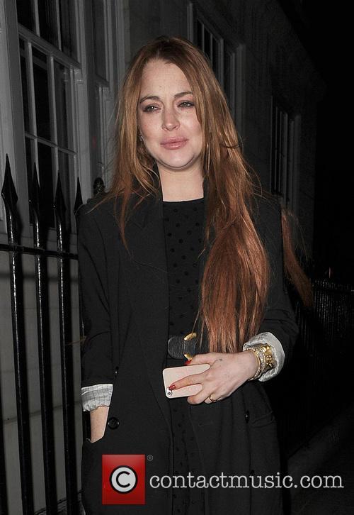 Lindsay Lohan enjoys dinner at C London