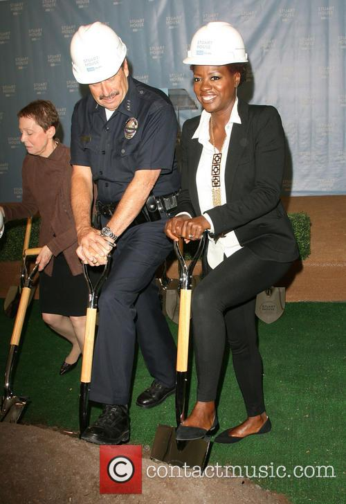 Lapd Chief Charlie Beck and Viola Davis 1