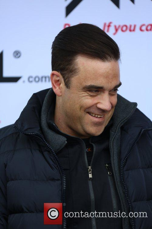 Robbie Williams and ... 10