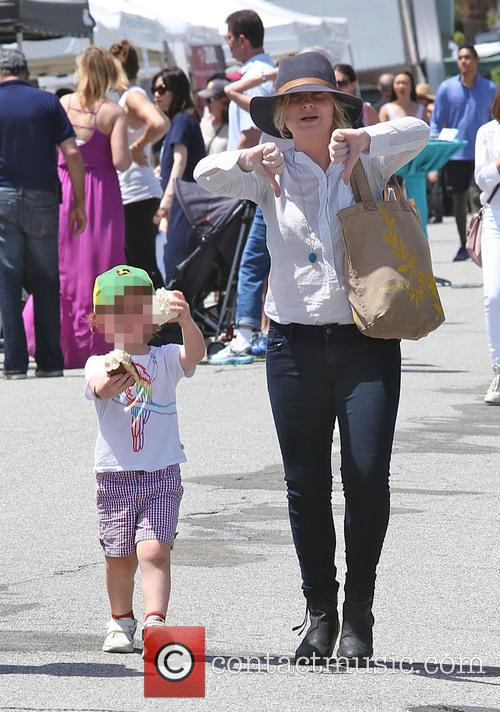 Amy Poehler gives a thumbs down at the...