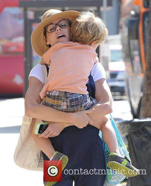 Julie Bowen and John Phillips 5