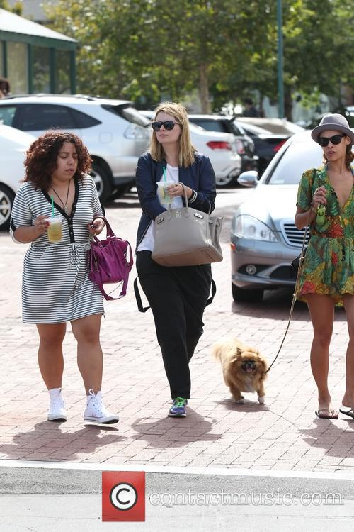 Mischa Barton and friends, shopping at Malibu Cross...