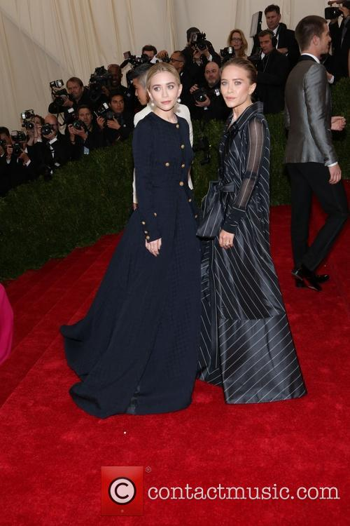 Ashley Olsen and Mary-kate Olsen 1