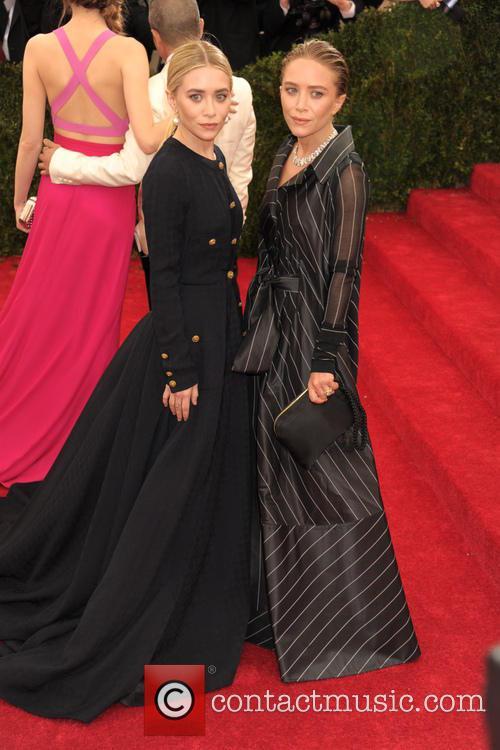 Ashley Olsen and Mary-kate Olsen 2