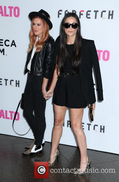 Rumer Willis and Demi Moore 4