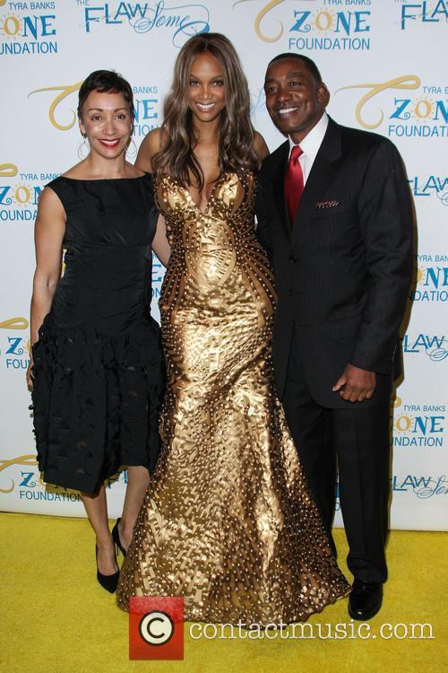 Lynn Kendall, Tyra Banks and Isiah Thomas 2