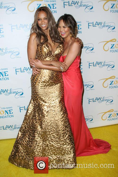 Tyra Banks and Chrissy Teigen 5