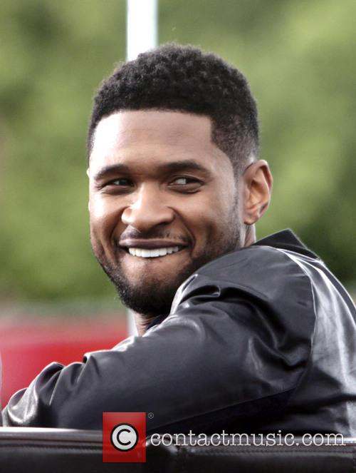 usher the voice coaches appears on entertainment 4183585