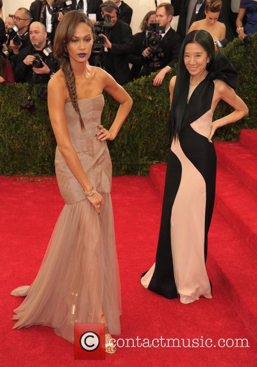 Joan Smalls and Vera Wang 4