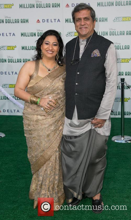 Apara Mehta and Darshan Jariwala 2