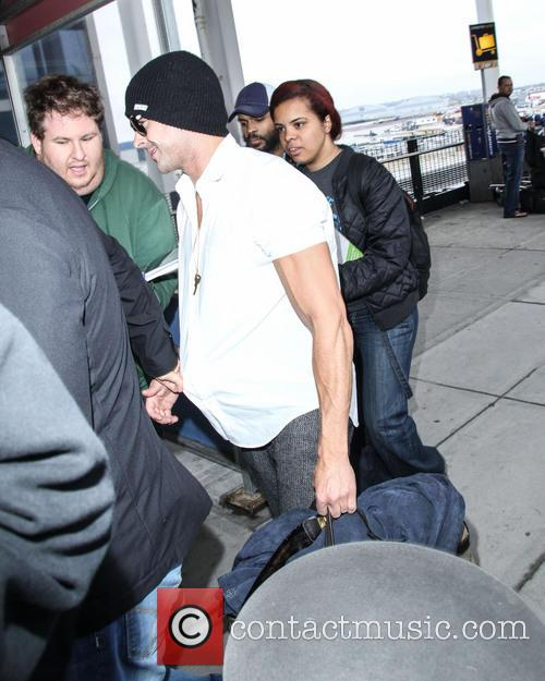 zac efron zac efron at jfk airport 4185464