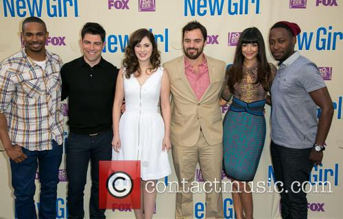Damon Wayans, Jr., Max Greenfield, Zooey Deschanel, Jake Johnson, Hannah Simone and Lamorne Morris 2