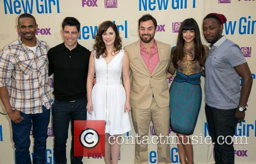 Damon Wayans, Jr., Max Greenfield, Zooey Deschanel, Jake Johnson, Hannah Simone and Lamorne Morris 10