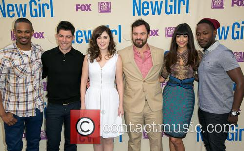 Damon Wayans, Jr., Max Greenfield, Zooey Deschanel, Jake Johnson, Hannah Simone and Lamorne Morris 8