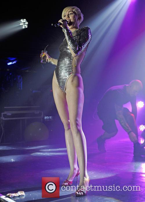 Miley Cyrus 21