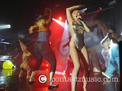 Miley Cyrus 30
