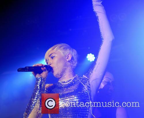 Miley Cyrus 35
