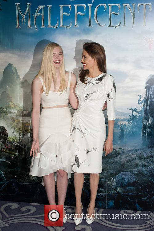 Angelina Jolie and Elle Fanning 8