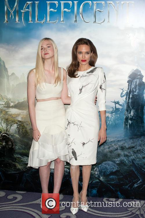 Angelina Jolie and Elle Fanning 10