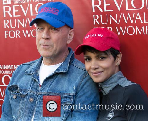 Bruce Willis and Halle Berry 2