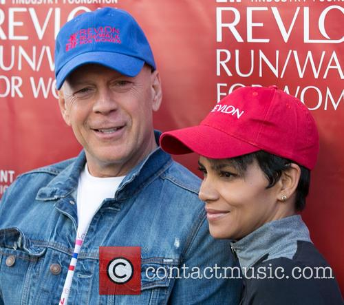 Bruce Willis and Halle Berry 3