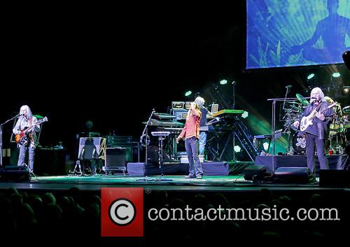 Yes perform live