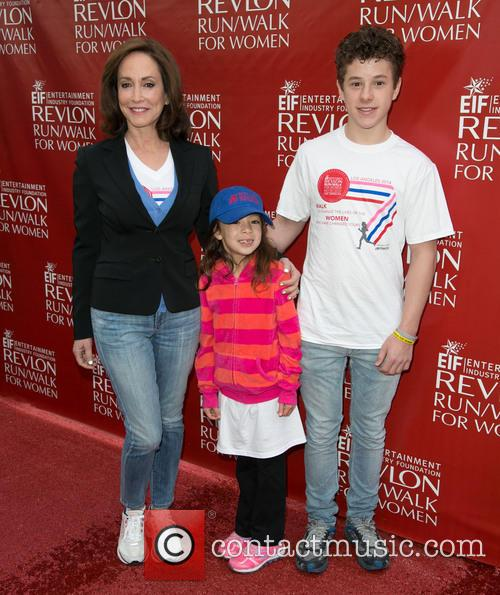 Lily Tartikoff, Aubrey Anderson-emmons and Nolan Gould 2